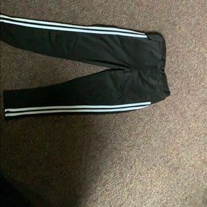 Pants - I'm selling this pants!! They're a medium.